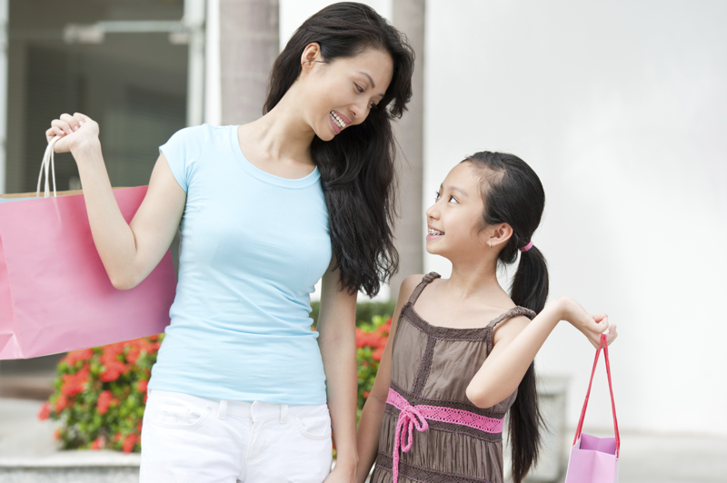 Helping Your Daughter Choose the Right Feminine Hygiene Product
